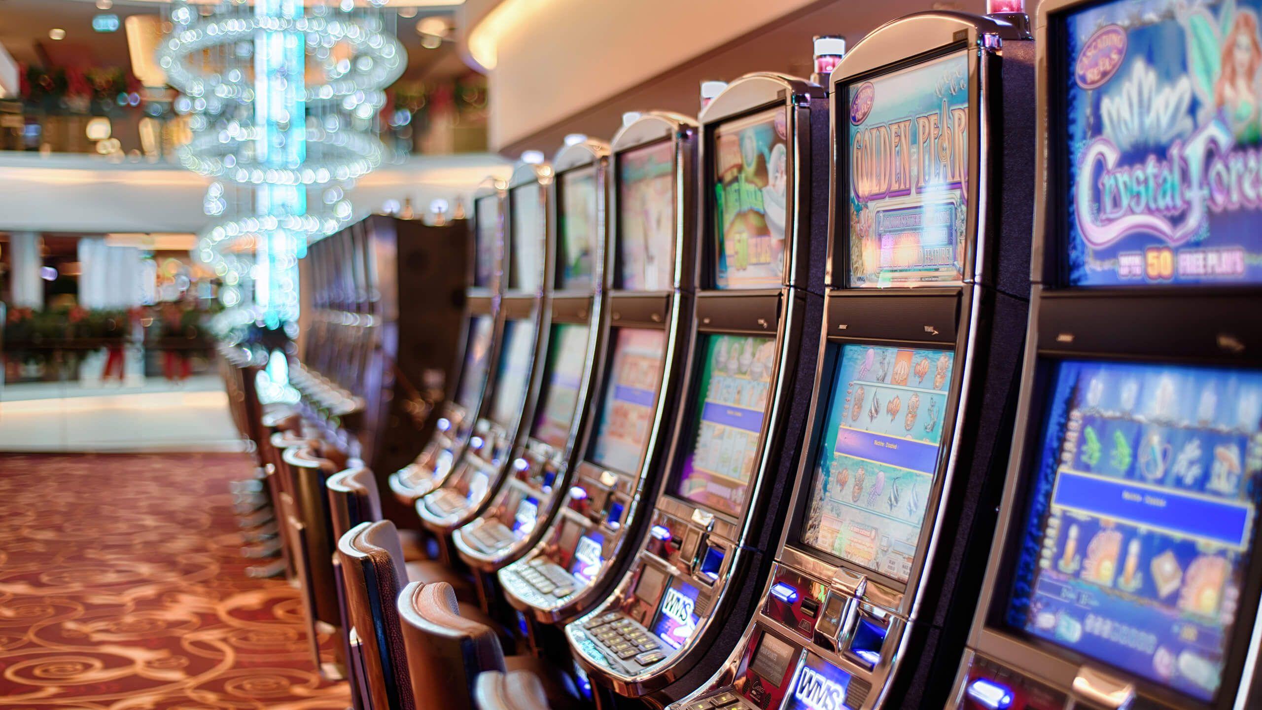 adria-gaming-slot-machineù iperdesign